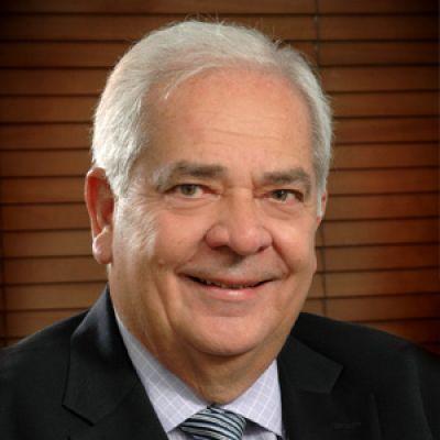 José A. León